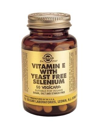 Solgar Vitamin E With Selenium Vegicaps 50 Capsules